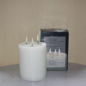1 SimuFlame LED kaars met 3 vlammen White 15 x 18 cm