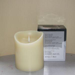 1 SimuFlame LED kaars met 1 vlam Ivory 15 x 18cm